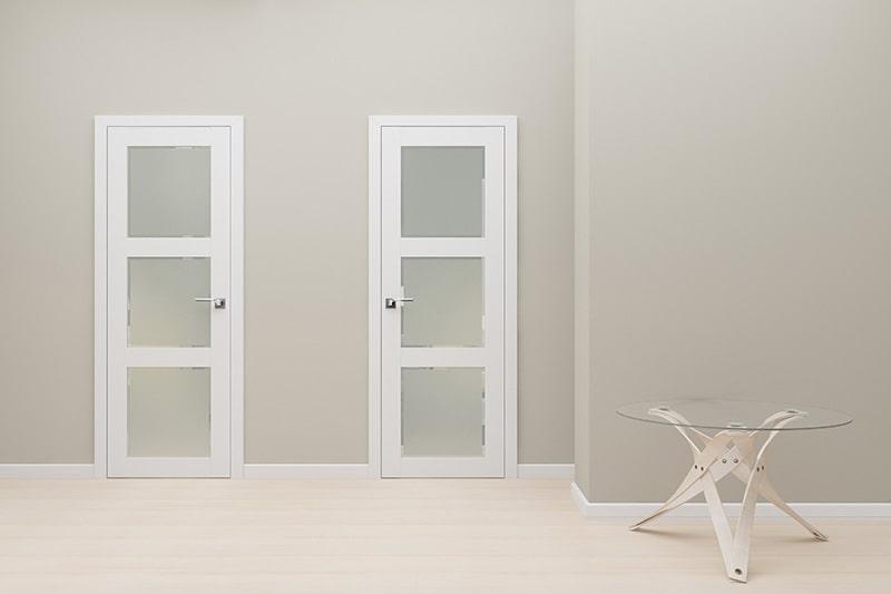 Белая межкомнатная дверь лучшее решение